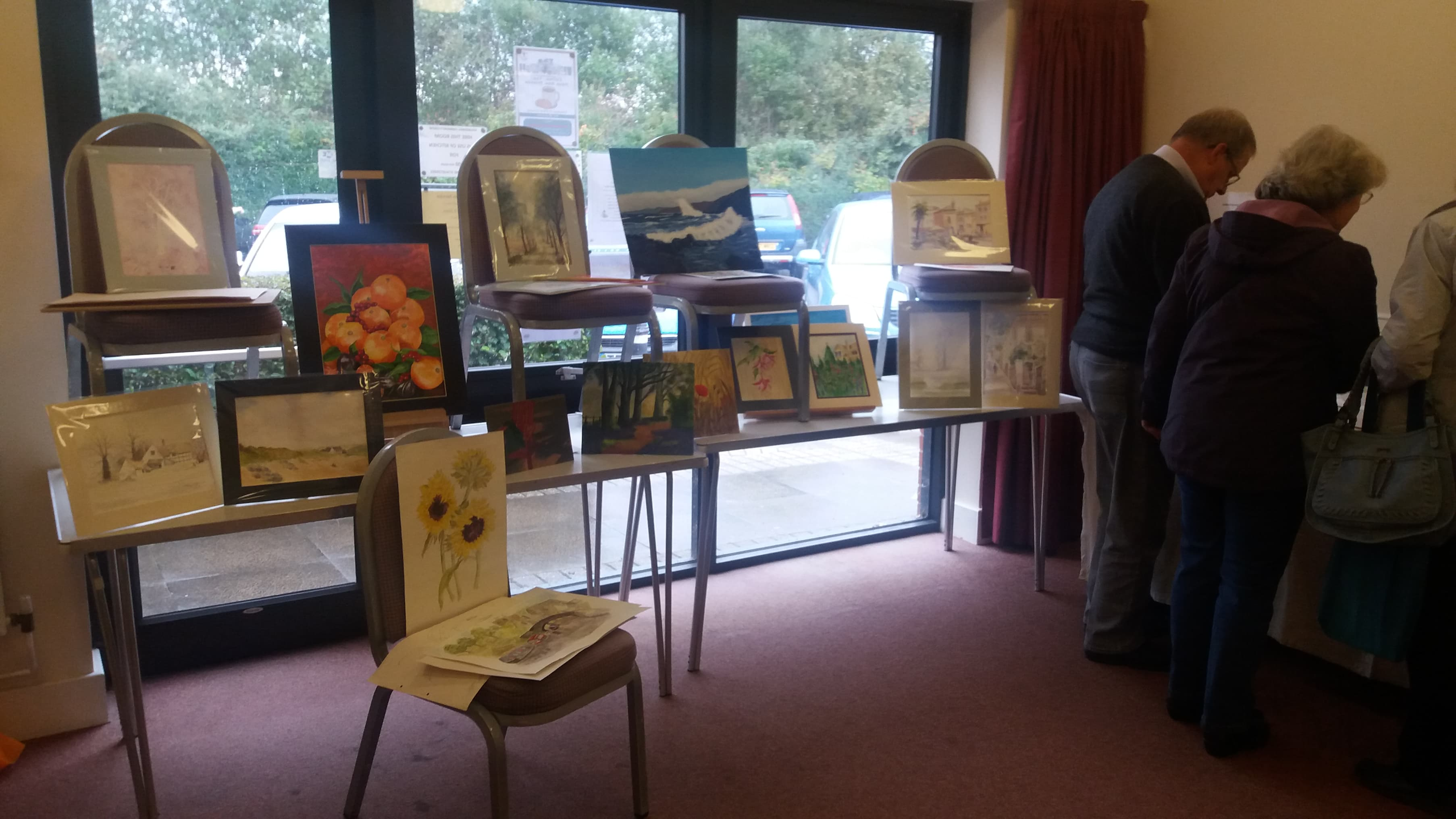Art group display