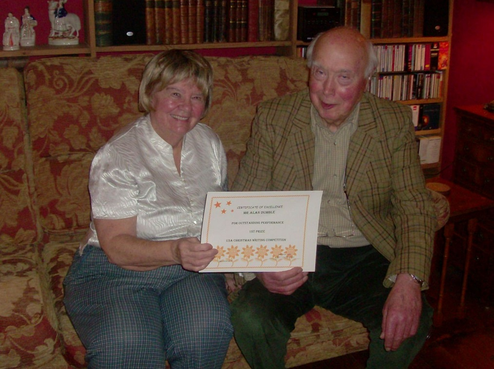 Alan Dumble receiving his certificate