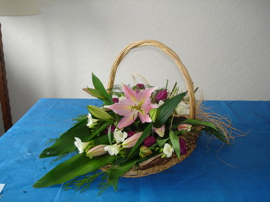 A summer basket