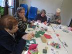Making various Christmas decorations