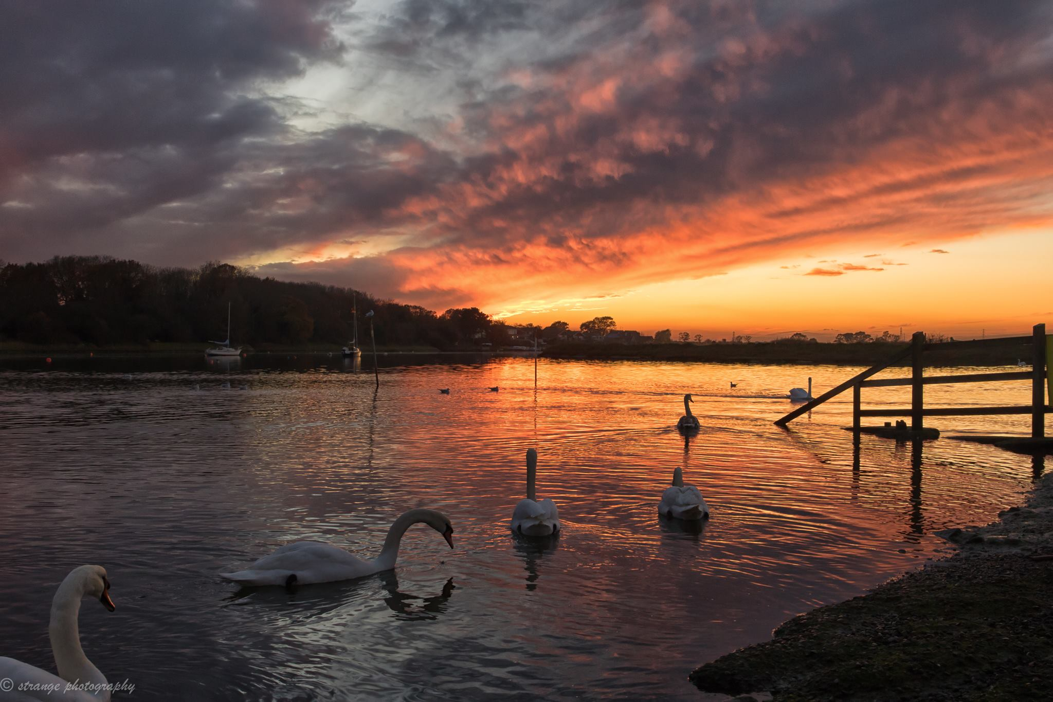 November Sunset on the River Crouch