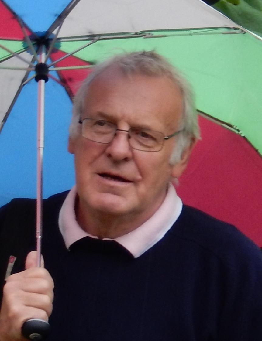 Les Hazlewood Group Leader