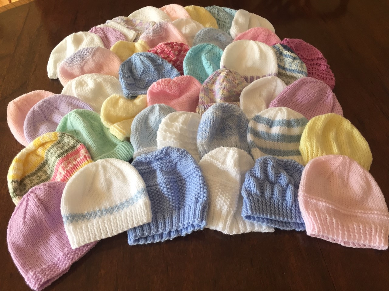 Baby hats for QEUH maternity unit