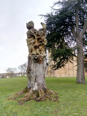 Carved Tree Pershore
