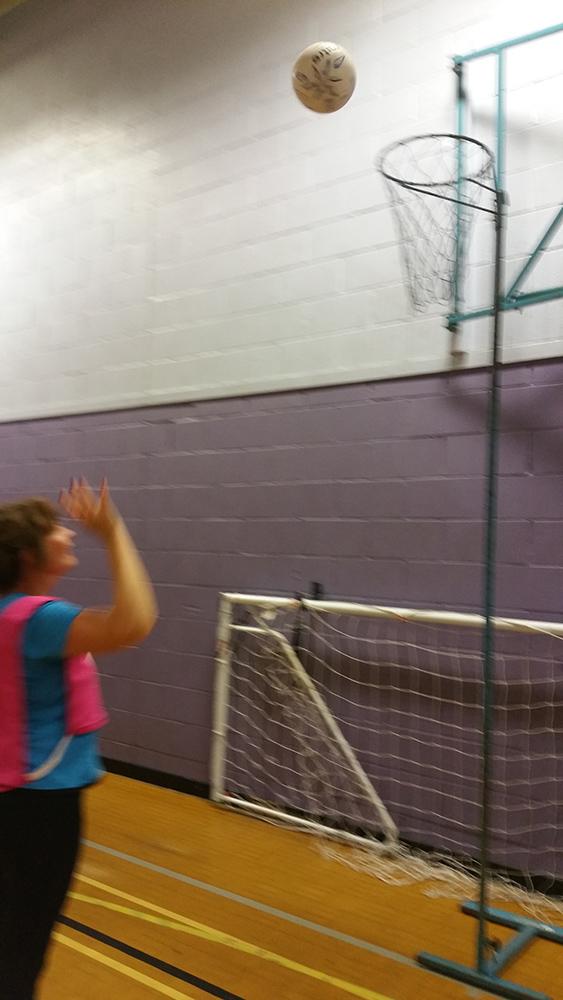 Walking Net Ball Shooter
