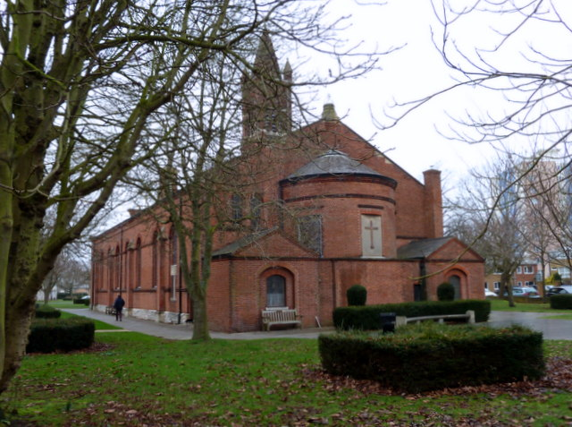Holy Trinity Church, Trinity Green