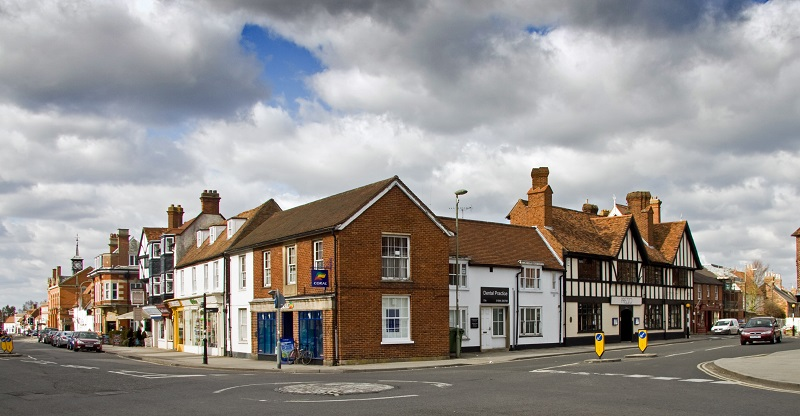 Thame town centre
