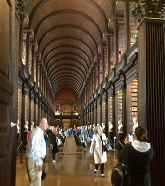 Trinity College The Book of Kells