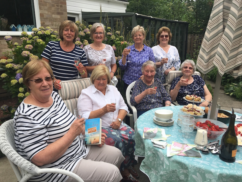 2018 Strawberries and Fizz Celebrations