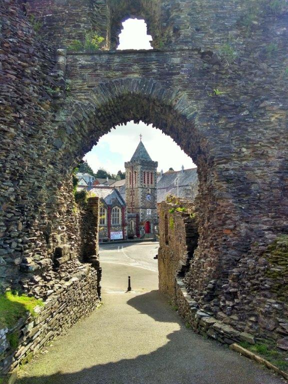 South Gate Launceston to Guildhall
