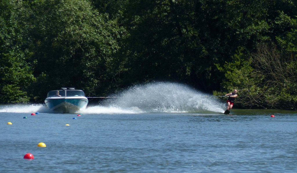 Waterskiing on Batchworth Lake