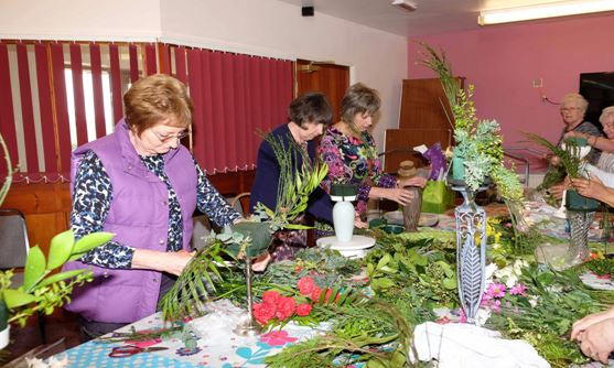Flower Arranging Group