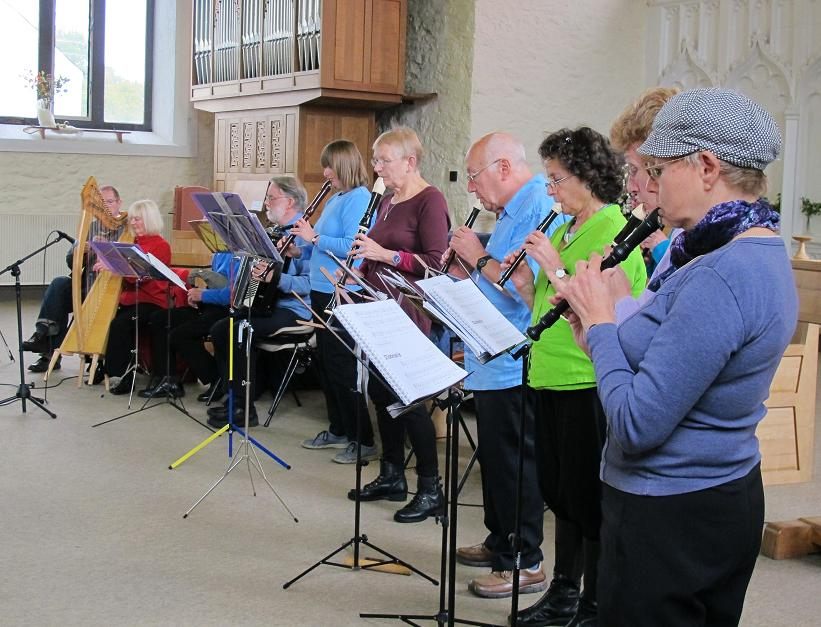 Folk Band and Recorder players