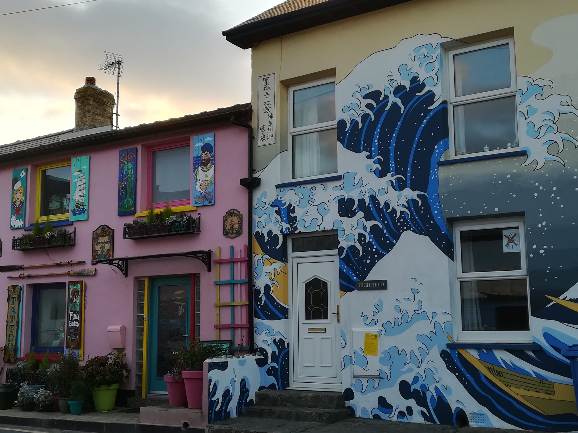 Borth - a place with painted houses