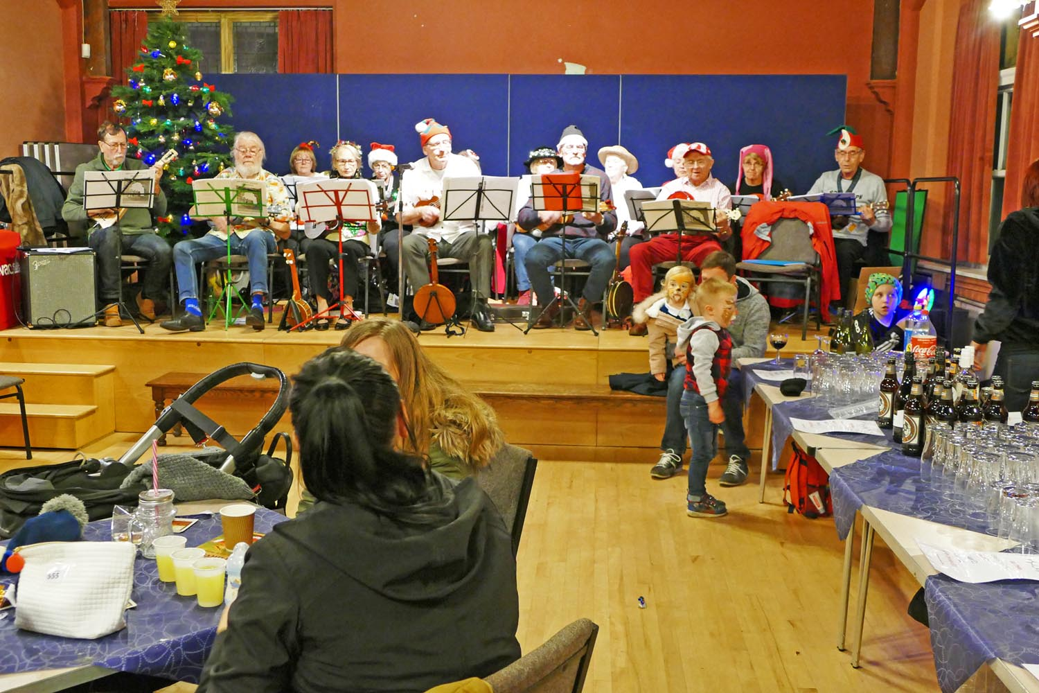 U3A Ukulele Orchestra @ Loftus Lights